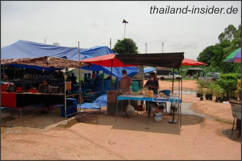 Eindrücke eines Wochenmarktes in Thailand